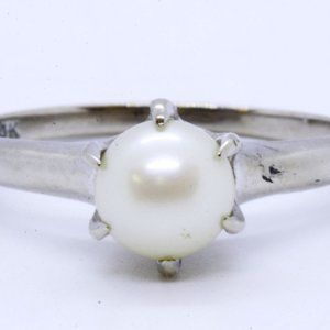 10K Gold 6mm Cultured Pearl Solitaire Ring 6.75
